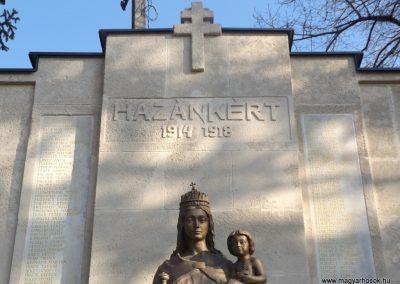 Etyek I. világháborús emlékmű felújítás után 2019.03.23. köldő-Bóta Sándor (2)