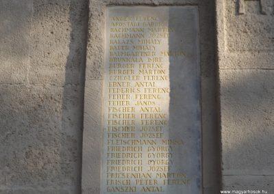 Etyek I. világháborús emlékmű felújítás után 2019.03.23. köldő-Bóta Sándor (4)