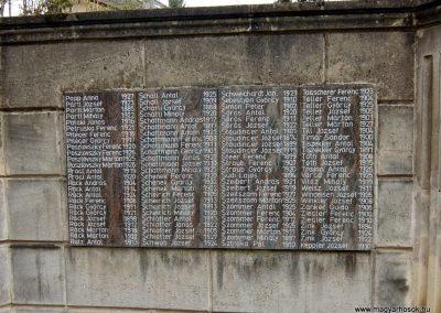 Etyek II. világháborús emlékmű 2015.04.06. küldő-Méri (3)