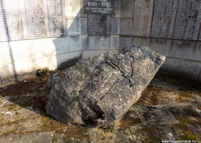 Etyek II. világháborús emlékmű 2019.03.23. küldő-Bóta Sándor (1)