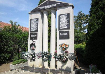 Fábiánháza II. világháborús emlékmű 2014.08.04. küldő-kalyhas (7)