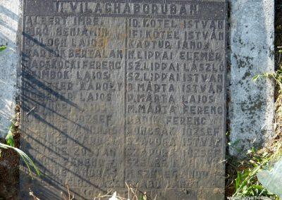 Fényeslitke világháborús emlékmű 2010.07.03. küldő-Ágca (6)