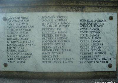 Fót I.vh emlékmű 2008.05.16. küldő-Huszár Peti (6)
