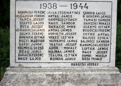 Földeák világháborús emlékmű 2014.05.24. küldő-Sümec (12)