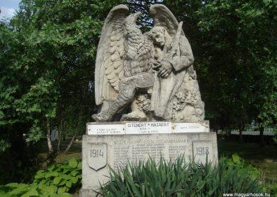 Földes I.vh emlékmű 2009.05.16.küldő-Huszár Peti (1)