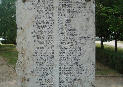 Földes II.vh emlékmű 2009.05.16.küldő-Huszár Peti (3)