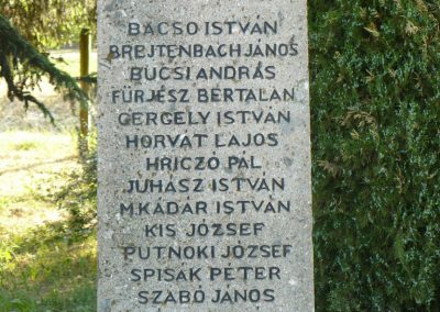 Fúlókércs világháborús emlékmű 2009.05.21.küldő-Gombóc Arthur (2)