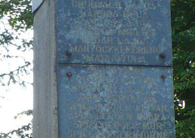 Fúlókércs világháborús emlékmű 2009.05.21.küldő-Gombóc Arthur (3)