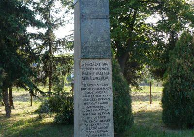 Fúlókércs világháborús emlékmű 2009.05.21.küldő-Gombóc Arthur (4)
