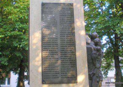 Fülöpszállás világháborús emlékmű 2007.05.30. küldő-Gabi 22 (8)