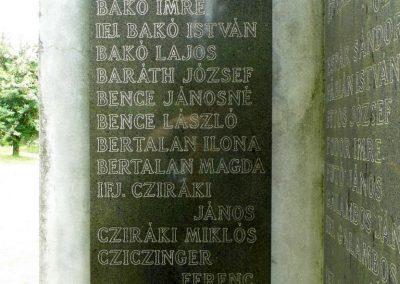 Füle II. világháborús emlékmű 2015.06.19. küldő-Méri (1)
