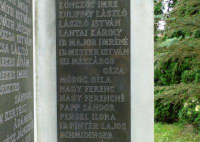 Füle II. világháborús emlékmű 2015.06.19. küldő-Méri (4)