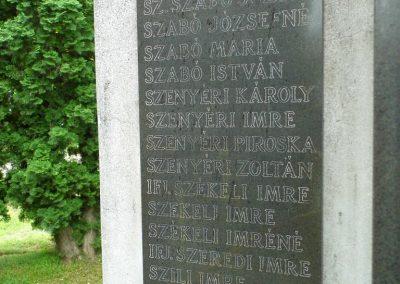 Füle II. világháborús emlékmű 2015.06.19. küldő-Méri (5)
