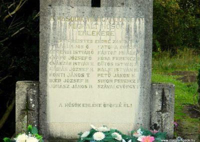 Fürged II. világháborús emlékmű 2014.10.19. küldő-Huber Csabáné (3)