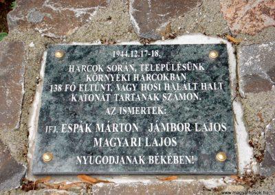 Füzér világháborús emlékművek 2011.08.09. küldő-megtorló (8)