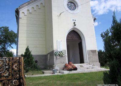 Füzérkajata világháborús emléktábla 2012.08.18. küldő-kalyhas (1)