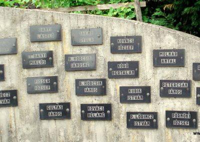 Füzérradvány világháborús emlékmű 2012.06.08. küldő-megtorló (5)