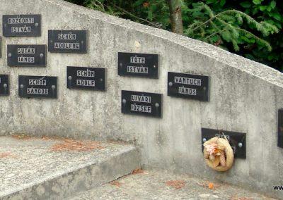 Füzérradvány világháborús emlékmű 2012.06.08. küldő-megtorló (6)