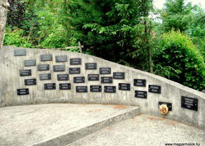 Füzérradvány világháborús emlékmű 2012.06.08. küldő-megtorló (7)