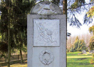 Fancsal világháborús emlékmű 2014.02.16. küldő-kalyhas (2)