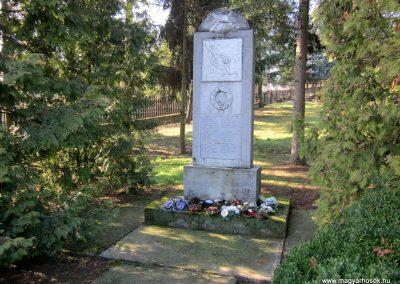 Fancsal világháborús emlékmű 2014.02.16. küldő-kalyhas (4)