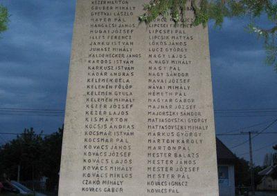Fegyvernek I.vh emlékmű 2008.08.23. küldő-Kályhás (5)
