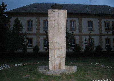 Fegyvernek II.vh emlékmű 2008.08.23. küldő-Kályhás (2)