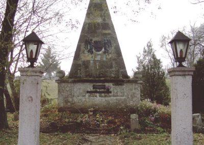 Fehérvárcsurgó I vh.emlékmű 2006.11.19. küldő-Krisztián József