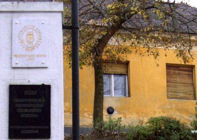 Fehérvárcsurgó II.vh.emlékmű 2006.11.19. küldő-Krisztián József (2)