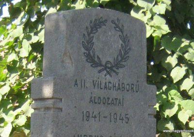 Felsőboldogfalva világháborús emlékmű 2011.09.22. küldő-Mónika39 (4)