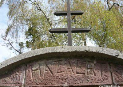 Felsőmocsolád világháborús emlékmű 2012.04.15. küldő-Sümec (4)