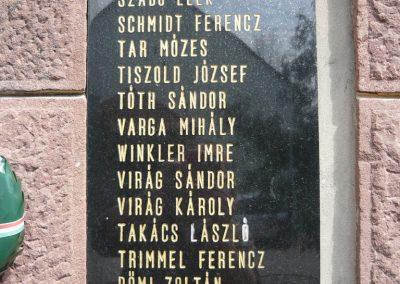 Felsőmocsolád világháborús emlékmű 2012.04.15. küldő-Sümec (9)