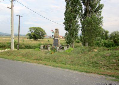 Felsőregmec világháborús emlékmű 2012.08.17. küldő-kalyhas