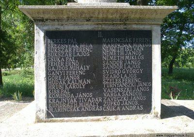 Felsővadász világháborús emlékmű 2013.05.08. küldő-Pataki Tamás (5)