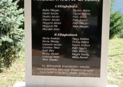 Ferencszállás világháborús emlékmű 2012.07.12. küldő-Sümec (2)