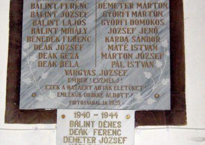 Firtosváralja világháborús emléktáblák 2011.09.20. küldő-Mónika39
