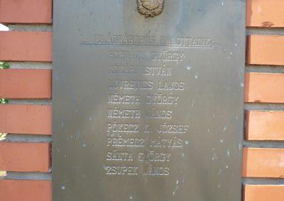 Fityeház világháborús emlékmű 2009.05.23.küldő-Sümec (1)