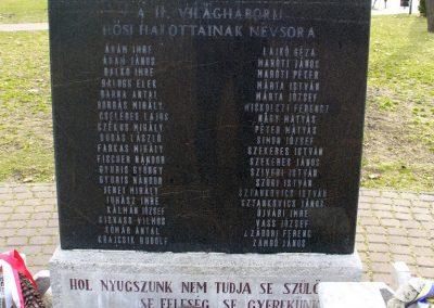 Forráskút II. világháborús emlékmű 2011.03.15. küldő-HunMi (1)