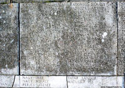 Gádoros I. világháborús emlékmű 2014.11.20. küldő-Sümec (5)