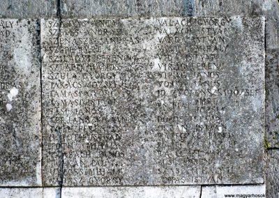 Gádoros I. világháborús emlékmű 2014.11.20. küldő-Sümec (6)