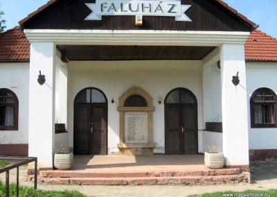 Gálosfa I.vh emlékmű 2011.04.23. küldő-kalyhas (1)