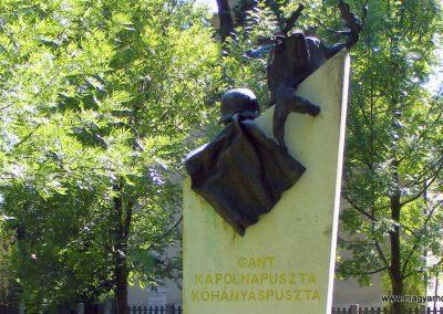Gánt világháborús emlékmű 2012.06.17. küldő-Méri (3)