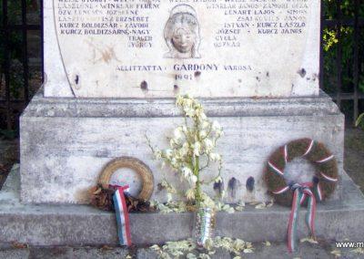 Gárdony II.világháborús emlékmű 2012.06.30. küldő-Méri (3)