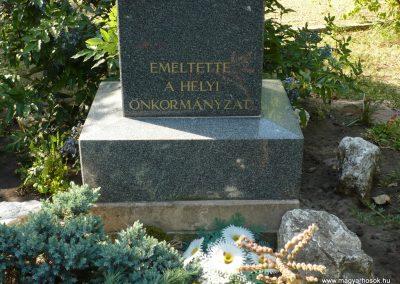 Gátér II.vh emlékmű 2009.07.27.küldő-Sümec (2)