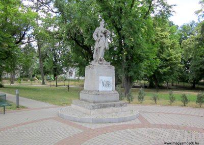 Gávavencsellő - Gáva I. világháborús emlékmű 2014.06.23. küldő-kalyhas (9)