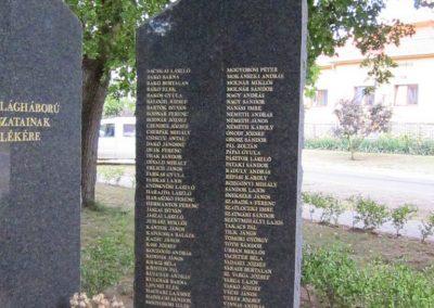 Gávavencsellő - Gáva II. világháborús emlékmű 2014.06.23. küldő-kalyhas (5)