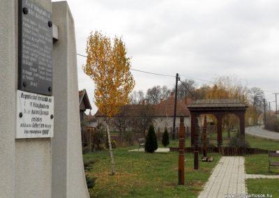 Géberjén világháborús emlékmű 2014.11.22. küldő-kalyhas (5)