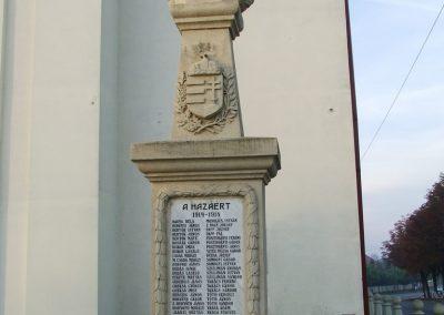 Géderlak világháborús emlékmű 2007.10.18.küldő-Markó Péter