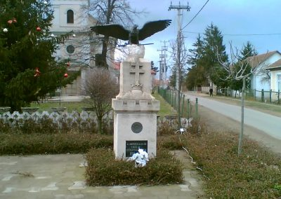 Gégény emlékmű csoport 2007.01.07. küldő-Ágca (1)
