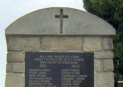 Gógánfa világháborús emlékmű 2015.07.27. küldő-Méri (1)